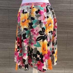 Floral Swing Skirt Size Large
